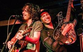 """Tom Morello despide a Chris Cornell: """"Estoy devastado, fue un gran honor ser tu amigo y compañero de banda"""""""