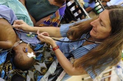 Un estudio plantea cómo mejorar una vacuna de la malaria que protege menos a algunos bebés