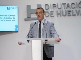 """Caraballo reitera su apoyo a Susana Díaz que """"puede abanderar un nuevo PSOE y tiene una idea clara de España"""""""