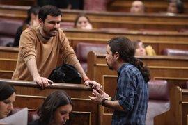 """Garzón equipara a Rajoy con Pujol, ambos con la """"estrategia"""" de declarar en julio"""