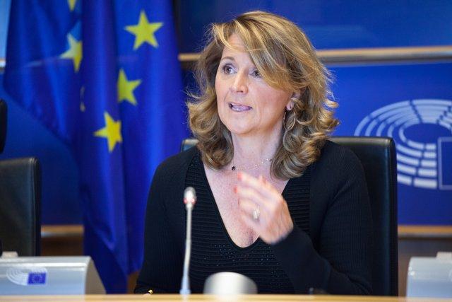 Rosá Estarás en el Parlamento Europeo