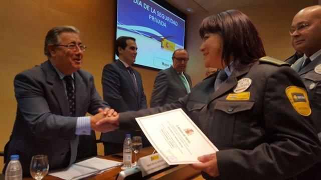 El ministro9 del Interior, Jiuan Ignacio Zoido, en acto de celebración.