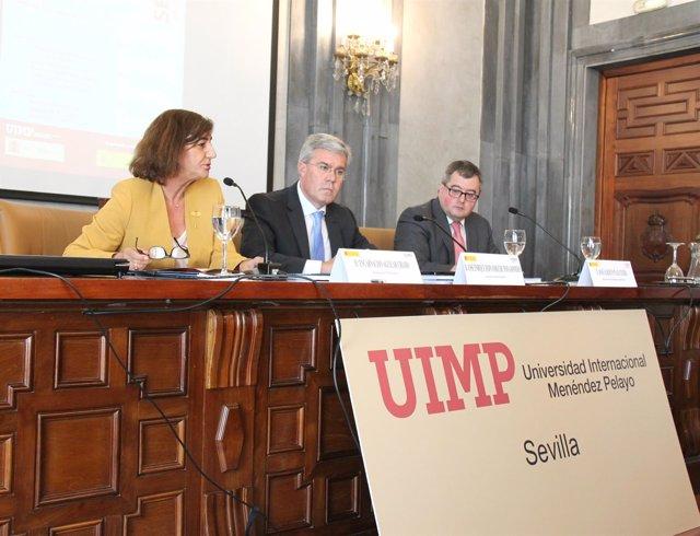 Clausura de curso de la UIMP con el secretario de Estado de Hacienda