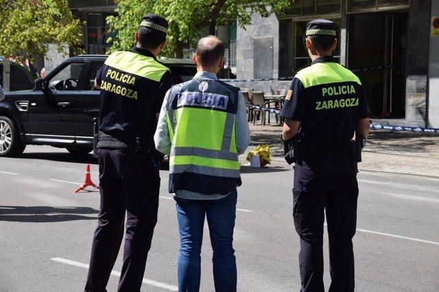 Agentes de Policía en el lugar del tiroteo