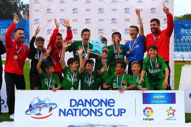 El Fundació Damm celebra su victoria en la Fase Catalana de la DNC