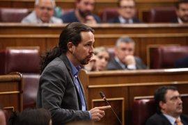 """Pablo Iglesias defiende su moción y acusa al PP de """"intimidar"""" y """"comprar"""" a otras fuerzas"""