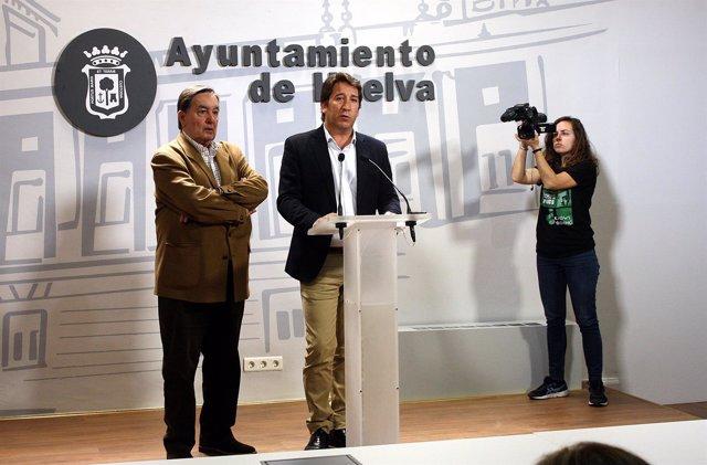 Np Y Fotos Ciudadanos | Ruperto Gallardo Felicita A Los Vecinos De Santa Lucía Y