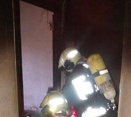 Herida grave una mujer de 77 años y leve un varón de 52 al incendiarse su casa de Laredo