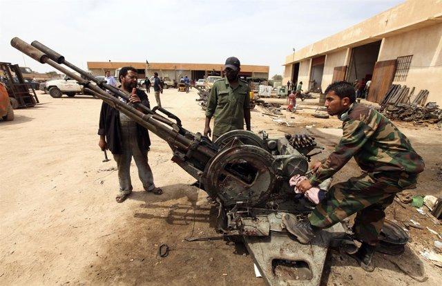 Rebeldes En El Conflicto De Libia