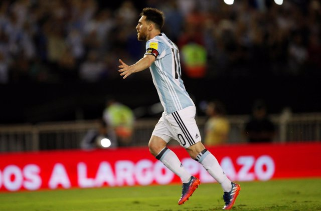 Leo Messi celebra el gol