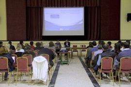 Los ayuntamientos de la provincia de Huelva reciben de la Diputación más de 3,1 millones de euros de la concertación