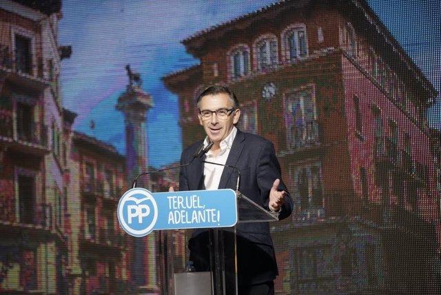 Luis María Beamonte en el Congreso del PP en Teruel.