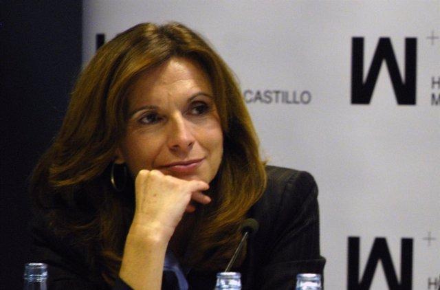 La doctora María Martínez, directora de la Unidad de Mama de Mesa del Castillo