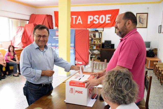 Heredia votando primarias psoe málaga