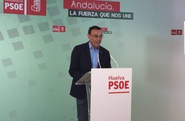El secretario general del PSOE de Huelva anima a votar a los socialistas