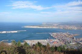 Un total de 400 migrantes han sido interceptados en medio año en el Puerto de Bilbao
