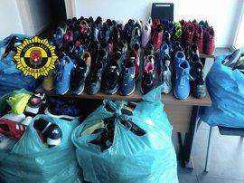 Intervienen más de 170 zapatillas falsas antes de su distribución en mercadillos de Alicante