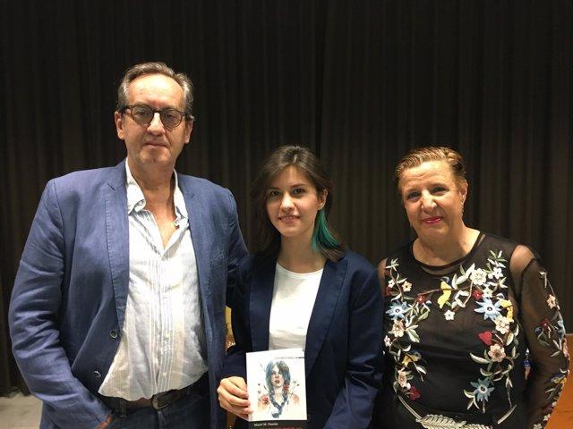 Mariel M. Damián recibe el Premio Internacional de Poesía Ciudad de Almuñécar