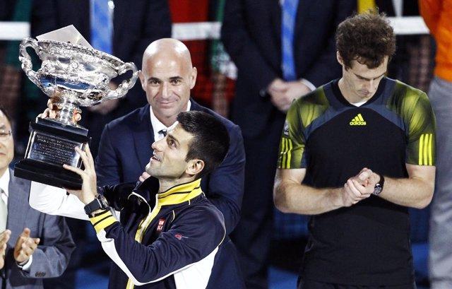 Djokovic confirma que trabajará con André Agassi