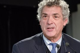 La Asamblea General de la RFEF debe proclamar este lunes presidente a Ángel María Villar