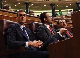 Antonio Hernando dimite como portavoz del PSOE en el Congreso