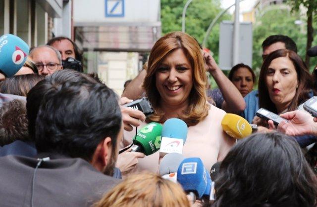 Susana Díaz a su llega a Ferraz para seguir la primarias