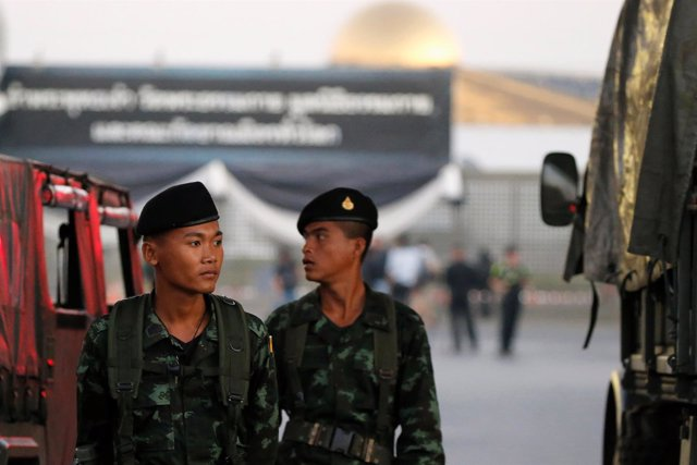 Militares tailandeses