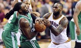 Los Celtics remontan en Cleveland y rompen la imbatibilidad de los Cavaliers