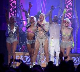 Vídeo de la actuación de Cher en los Billboard Music Awards
