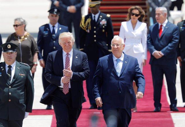 Donald Trump llega a Israel y le recibe Reuven Rivlin