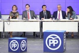 Rajoy comparece en rueda de prensa tras el Comité Ejecutivo del PP, un día después de las primarias del PSOE