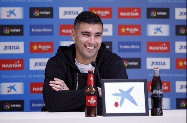 El jugador del RCD Espanyol José Antonio Reyes en rueda de prensa