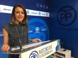 """El PP extremeño cree que la militancia ha interpuesto a Vara una """"moción de censura"""" con las primarias del PSOE"""