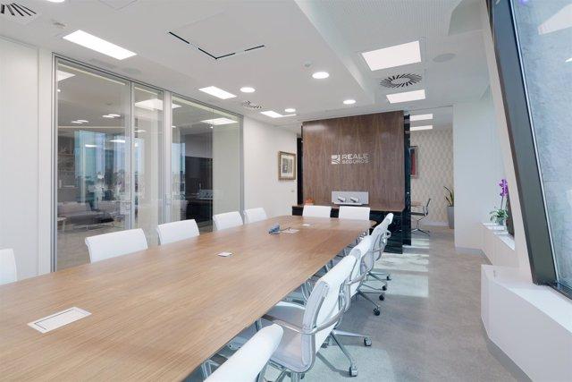 Reale seguros completa la adquisici n de las aseguradores italianas de uniqa - Reale seguros oficinas ...