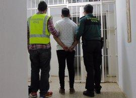 Detenidos tres jóvenes, dos de ellos menores, por robar en un salón recreativo de Los Belones (Cartagena)