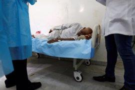 """ONG alertan de que el brote de cólera en Yemen podría provocar """"una catástrofe humana"""""""