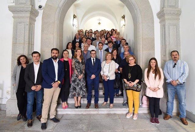 Políticos y técnicos de las diputaciones provinciales se reúnen en Cáceres