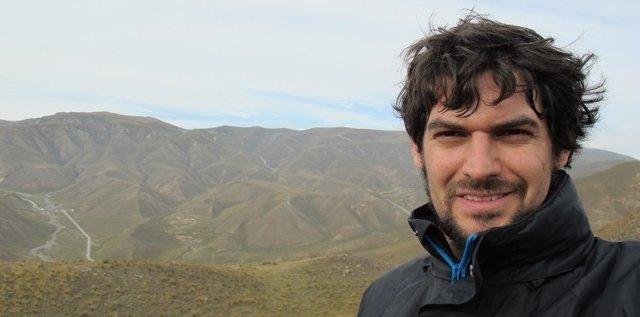 El escritor Miguel Espigado, autor de 'La vida de los clones'