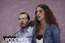 Podemos defiende el referéndum pactado frente a salidas unilaterales pero culpa a Rajoy de la deriva