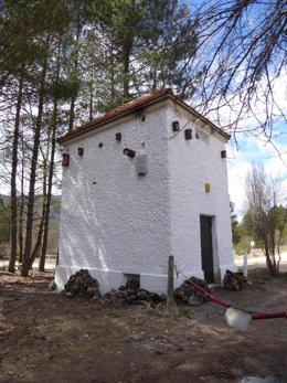 Foto transformador rehabilitado en Uña (Cuenca)