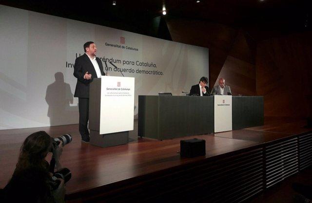 Conferencia del vicepte.O.Junqueras,pte.C.Puigdemont,conseller R.Romeva, Madrid