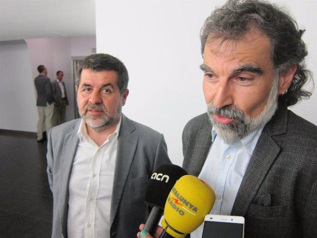 El presidente de la ANC, Jordi Sànchez, y el de Òmnium, Jordi Cuixart