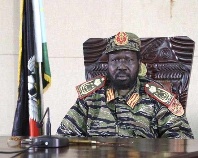 Presidente de Sudán del Sur, Salva Kiir, en su despacho