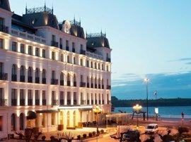 Las pernoctaciones hoteleras se disparan un 54% en abril