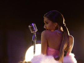 Ariana Grande, rota tras el atentado en Manchester durante su concierto