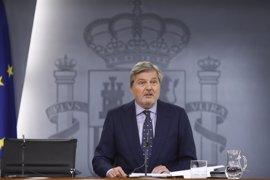 """Méndez de Vigo expresa su """"indignación"""" por el """"atroz"""" atentado y dice que """"Europa dará una respuesta unida"""""""