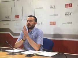 """PSOE afea al PP """"no proponer en positivo"""" y defiende que la Junta habilita becas comedor para 25.000 niños"""