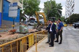 La Junta destina 269.000 euros a las obras de reparación del saneamiento en la calle Calvario de Marbella