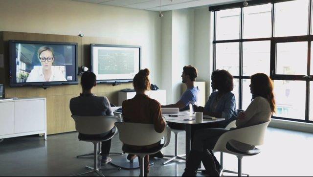 Consejos para montar una sala de audio o videoconferencia