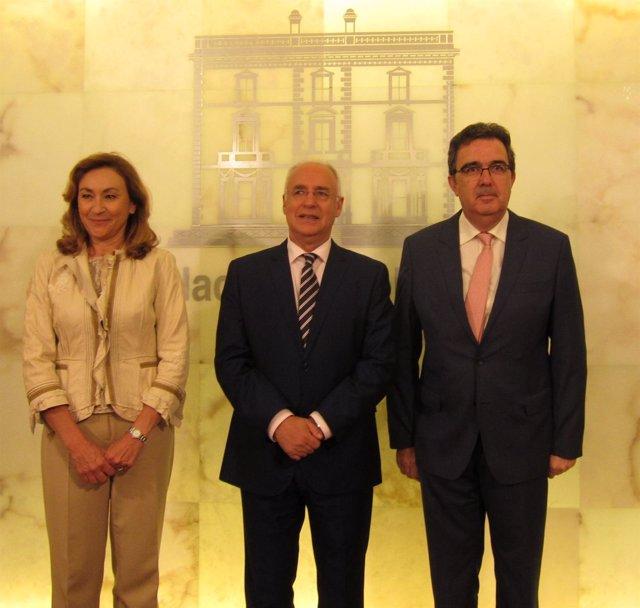 Acto de donación de Fundación Ortega a La Rioja